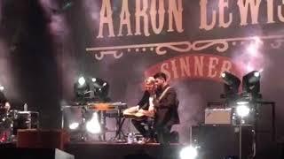 Aaron Lewis singing Vicious Circles October 26, 2017