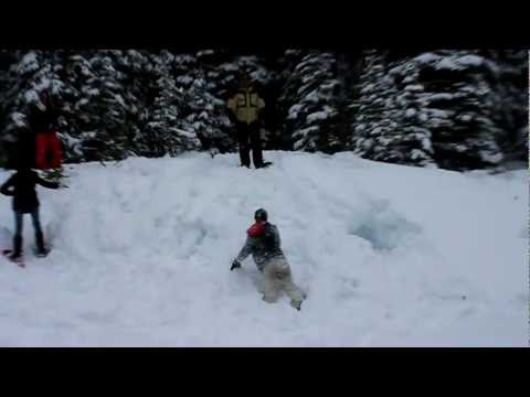 Playing in the snow at Lake Louise (Fernando: clip #1)