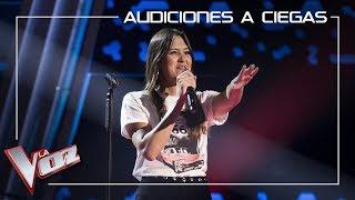 Beatriz Pérez canta