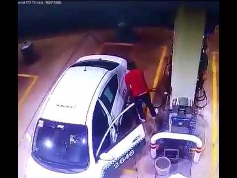 Taxista roba aceites en gasolinera y queda grabado