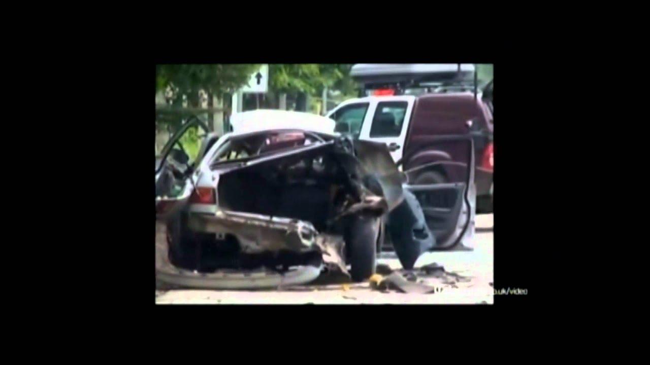 Car Explodes On Bomb Expert! thumbnail