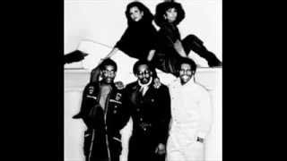 Chic/  Falling In Love With You (1977)