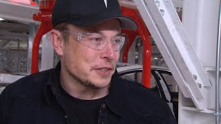 Why Tesla CEO Elon Musk doesn't consider himself a businessman - Video Youtube