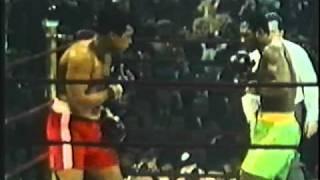 Muhammad Ali Vs  Joe Frazier 1 Highlights