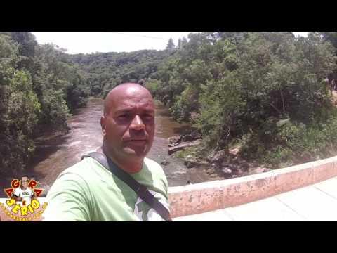 Cachoeira da Morte de Juquitiba lotada neste dia 15 de Janeiro de 2017