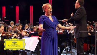 Elīna Garanča - Repentir, O Divine Redeemer - Gounod (Live)
