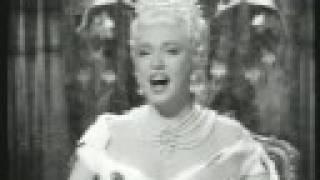 """Zarah Leander - Nur nicht aus Liebe Weinen (1954 from """"Bei Dir war es immer so schön)"""