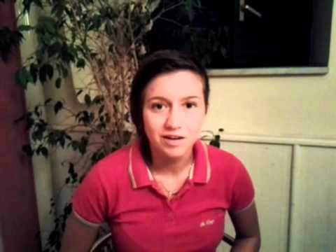 Preview video VIDEO INTERVISTA A SARA TADDEO, FORTE CALCIATRICE DELLA CARPISA NAPOLI SERIE A2.