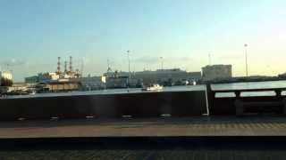 preview picture of video 'Cruise along the coastline of Muscat, Oman'