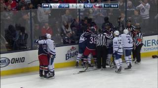 Carrick rocks Anderson with huge hit