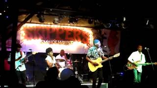 Oliver Mtukudzi in concert for WMNF (2014)