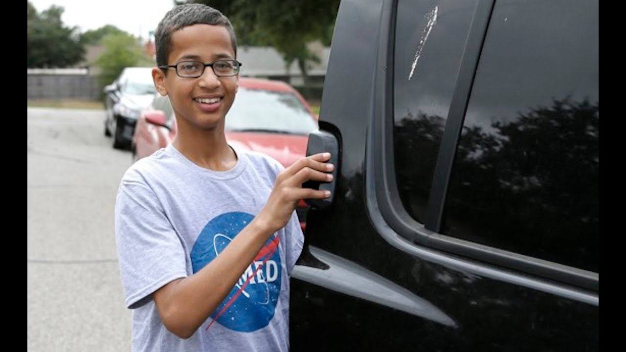 Ahmed Mohamed Clocks Out Of America thumbnail