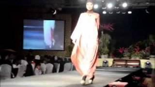 Islamic Fashion Festival Kuala Lumpur 2011 By Women Of Malaysia