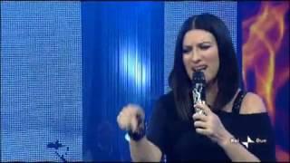 Laura Pausini   Strani Amori   Live   Due