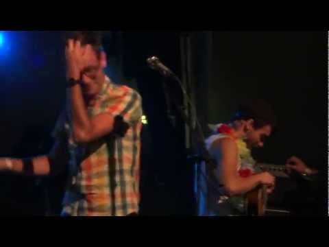 Hellogoodbye featuring Taylor York  - Getting Old (Live @ Aloha Tower Waterfront)