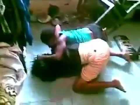 Nigeria Unilag Babes Fighting & breast Exposed.