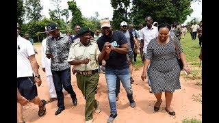 Joho warms up to Uhuru - VIDEO