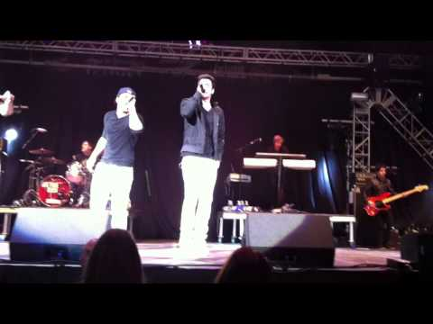 Big Time Rush Music Sounds Better With You Live at Jingle Ball Tampa 12/11/2011