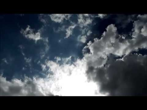 Book Trailer: Entre o Céu e o Inferno! (por Simone Pesci)