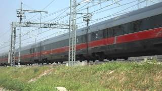 preview picture of video 'TRANSITI IN AV: EUROSTAR FRECCIAROSSA 9536'