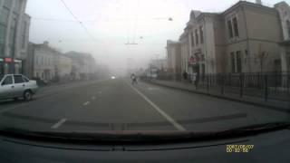 Смотреть онлайн Водитель хотел без палева пересечь двойную полосу