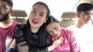 Mẹ chồng khóc tiễn con ra sân bay