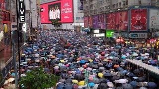 【直播中】重申五大訴求 8.18維園集會後 民眾冒雨遊行