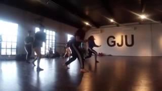 MILLION REASONS  Choreography: Rosa Gutièrrez