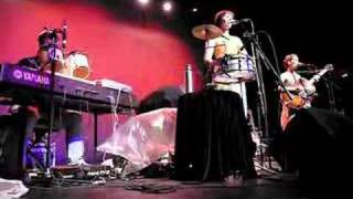 "The Ditty Bops @ Henry Fonda Theater: ""Your Head's Too Big"""