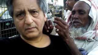 preview picture of video 'The Ear Cleaners Of Bandra Talao ,'