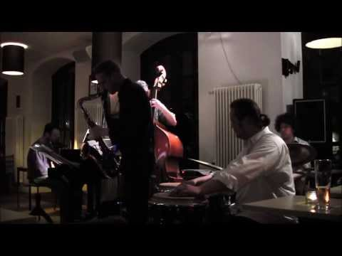 Clave Azul Quintett plays Incognito
