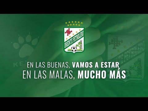 """""""HOY CUESTE LO QUE CUESTE TENEMOS QUE GANAR MUCHACHOS💪🏼💚"""" Barra: Los de Siempre • Club: Oriente Petrolero • País: Bolívia"""