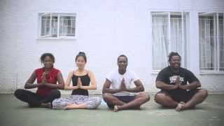 preview picture of video '旅する鈴木415:YOGA School in Windhoek @Namibia'
