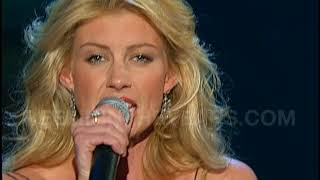 "Faith Hill- ""When The Lights Go Down"" Live 2003 (Reelin' In The Years Archive)"