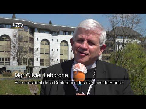 Conférence des évêques de France : la réforme en question