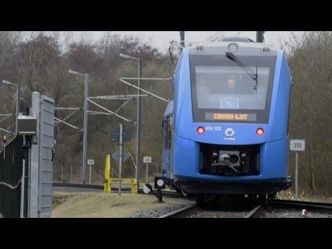 В Германии проводят эксплуатационные испытания первого пассажирского поезда на водородной тяге