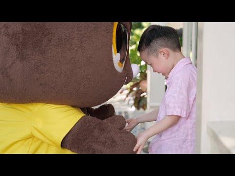 「馬路不再是虎 口,路口禮讓保護孩子平安回家」宣導影片