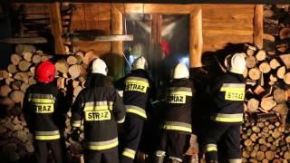 Pożar drewnianego budynku w Chyrowej