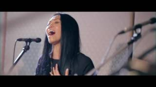 Anggun X Back2Basixx - A Rose In The Wind/ Kembali
