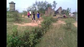 preview picture of video '[2012/09/15] Sinh viên Sư phạm Hà Nội 2... đi tập thể dục'