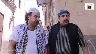 عم يشرح لابنو شو يعني تقشف شاهد واضحك!!