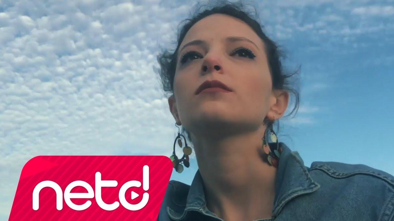 Targan Türe feat. Deniz Yılmaz – Çaresiz Şarkı Sözleri