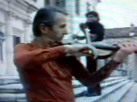 , title : 'Franco Battiato - Le aquile (1981)'