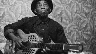 How To Play Satisfied and Tickled Too (Mississippi John Hurt)