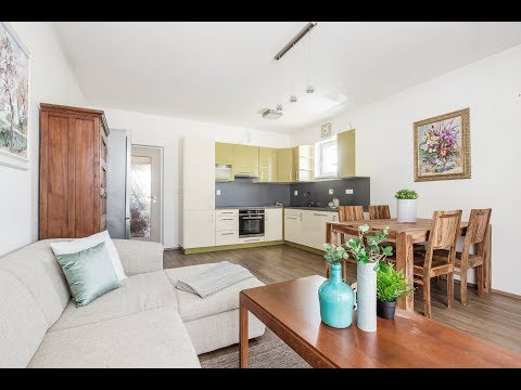 Prodej bytu 3+kk 76 m2 Nad Hřištěm, Nová Ves