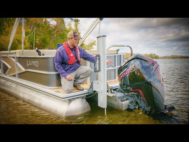Outboard Engine Considerations for Pontoon Boats