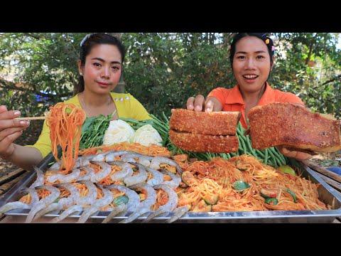 Cooking pork crispy with papaya salad recipe and shrimp – Cooking skill