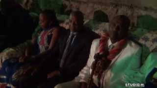 preview picture of video 'Mariage Nadhuifa et Maoulida Toirab part 1'