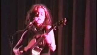 Ani DiFranco - Tiptoe/Cradle And All (Live/Solo 1999)