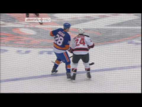 Tim Jackman vs. Bryce Salvador